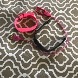 Fit bit one charger and 2 bands, pink and black